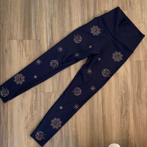 Beach Riot celestial constellation leggings
